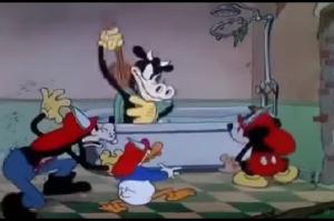 クララベルを救出するミッキー、ドナルド、グーフィー